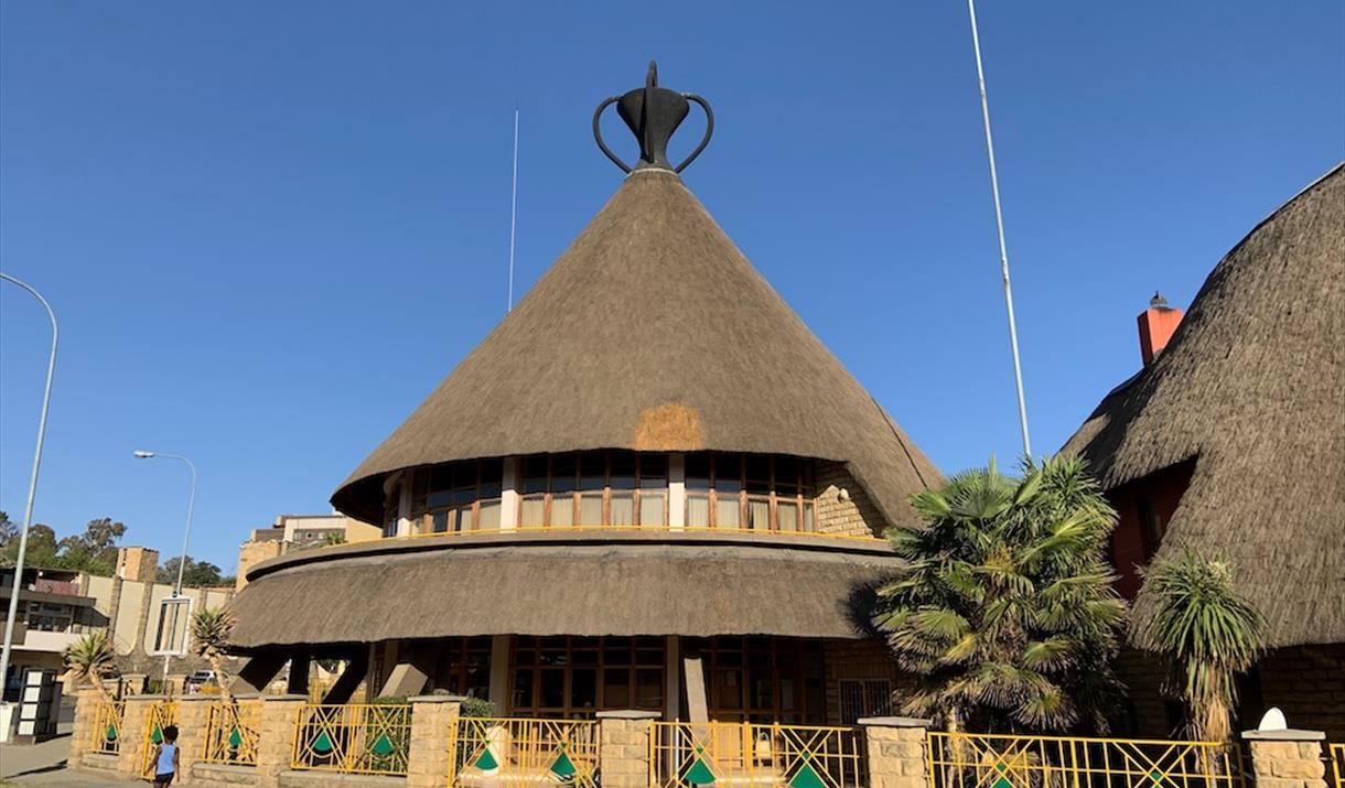 Basotho hat shopping and crafts